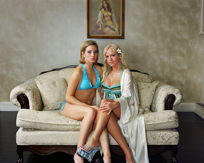 Risultati immagini per fotografo Marc McAndrews prostitute