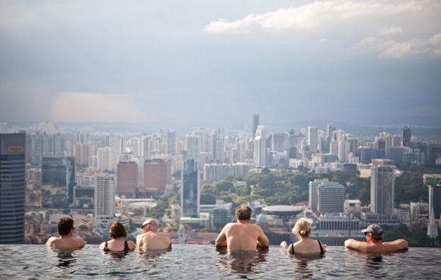 Internazionale immagini singapore - Albergo a singapore con piscina sul tetto ...