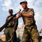 Separatisti filorussi a Donetsk, nell'est dell'Ucraina. (Maxim Shemetov, Reuters/Contrasto)