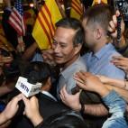 """Il dissidente vietnamita Nguyen Van Hai, a Los Angeles. Nel 2012 era stato condannato a 12 anni di prigione con l'accusa di """"propaganda contro lo stato"""". (Robyn Beck, Afp)"""